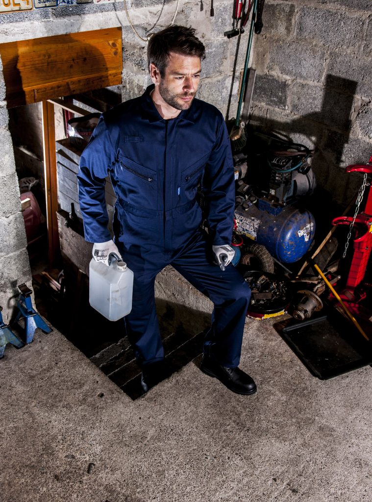 Portwest LIVERPOOL ZIPPER COVERALL - C813, onbody