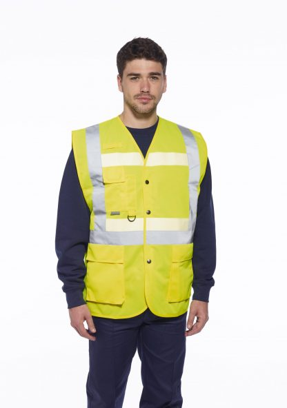 Portwest G4786 Glowtex 3-in-1 High Visibility Safety Vest, ANSI Type R Class 2, onbody 3