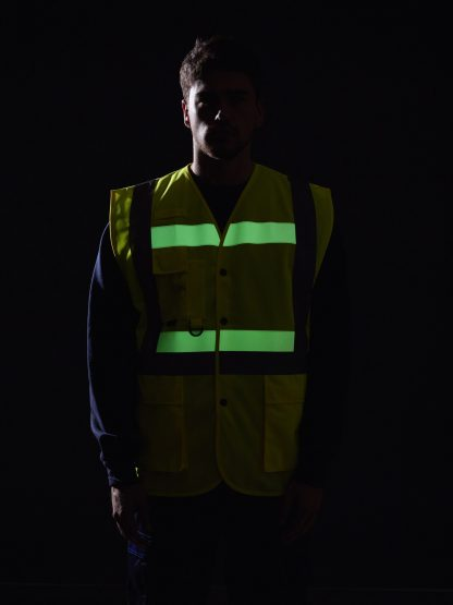 Portwest G4786 Glowtex 3-in-1 High Visibility Safety Vest, ANSI Type R Class 2, onbody 8